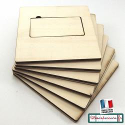 Planches pour serrures dans une boite